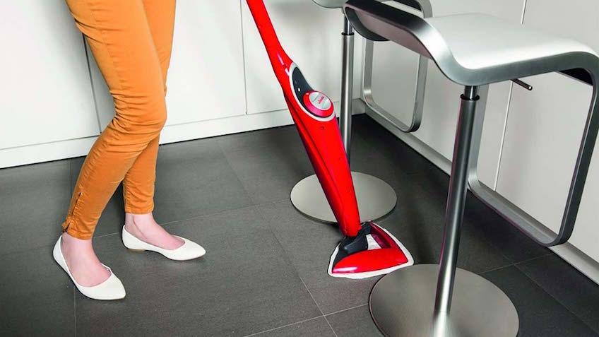 I 10 migliori lavapavimenti a vapore caratteristiche marche prezzi - Lavapavimenti a vapore folletto ...