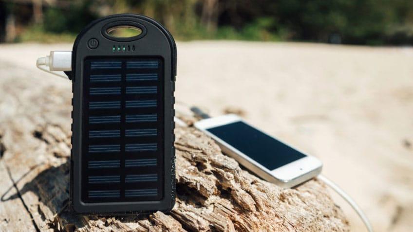 miglior caricabatterie solare