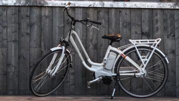 <thrive_headline click tho-post-576 tho-test-200>Le 10 Migliori Biciclette Elettriche a Pedalata Assistita per Muoversi in Città</thrive_headline>