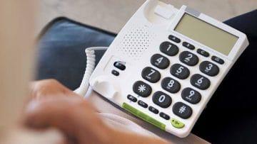 Gli 11 Migliori Telefoni Fissi per Anziani più Facili da Usare